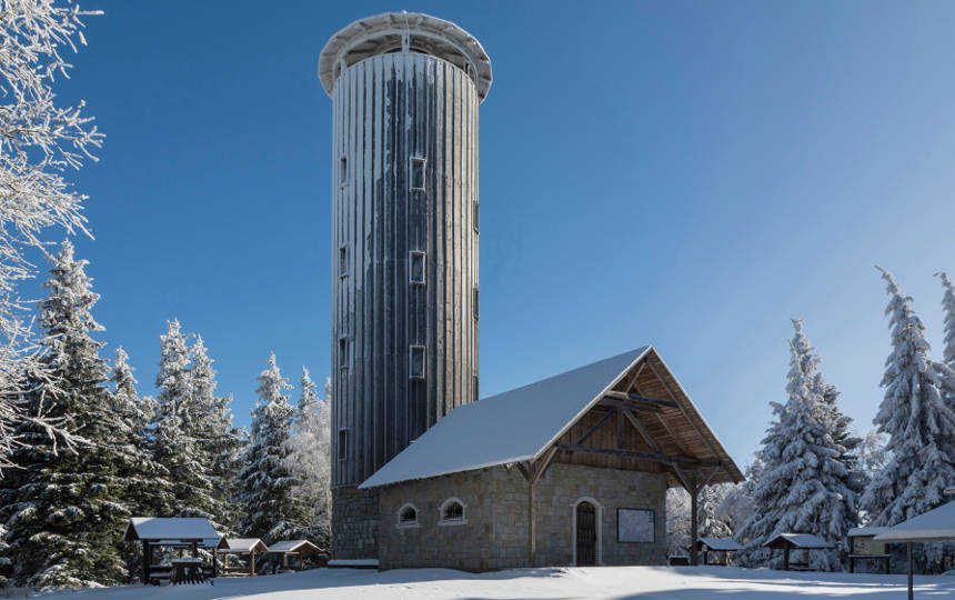 Wieża naGórze Borówkowej